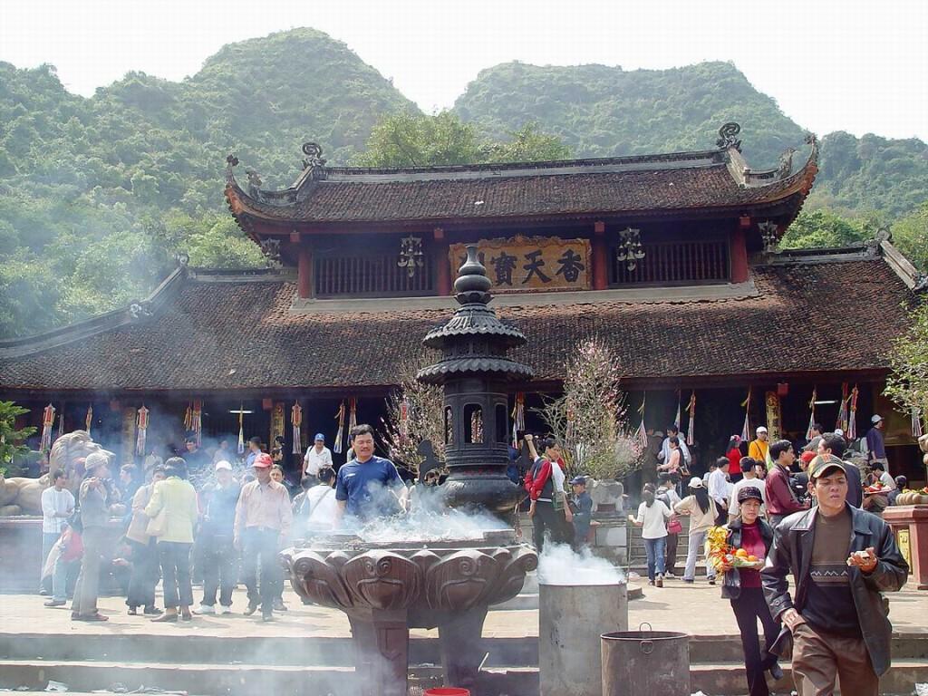 thiên trù-chùa Hương